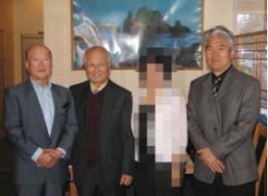 ▲ 한인신용협동조합관계자들. 왼쪽부터 박종영 전이사장, 하워드 리 행장 그리고 이승호 전무