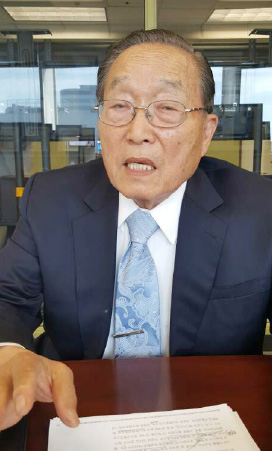▲ PSU 대학에서 박사과정반의 책임자로 있는 홍경식 박사.