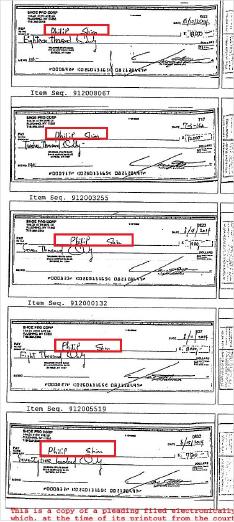 ▲ 송씨가 신씨에게 전달한 수표들, 12장의 수표중 1장은 피델리티투자의 신씨계좌에 입금되고 나머지 12장 모두 신씨 개인계좌에 입금됐다고 송씨는 밝혔다.