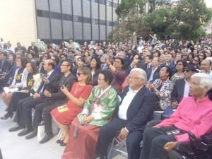 ▲ 제막식에 참석한 이용수 할머니와 인사들