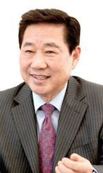 노인센터 이영송 이사장