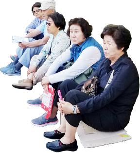 ▲4~5시간을 기다려 투표한 한인들