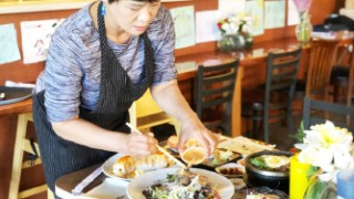 [사람이야기] 와이너리에서 인기 모으는 한식당  '허니커즌'