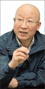 ▲ 서울시에 따르면 2014년부터 지난달까지 서울 시내 아파트에 설치된 태양광 발전기(베란다형)는 2만8325개. 박승옥 씨가 이사장인 서울시민햇빛발전협동조합(햇빛발전)이 이 중 7097개를 맡았다.