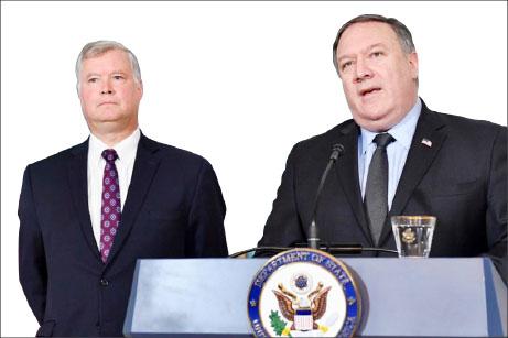 ▲마이크 폼페이오 국무장관(오른편)과 스티브비건 대북특사