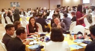 ▲  '대화모임: 보수 진보 중도 인사들이 한자리에서 진지한 토론을 벌이고 있다