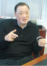 ▲이온팔찌의 개발자 고 박규태씨