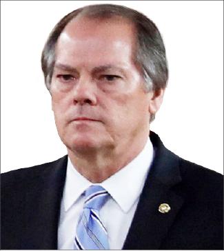 ▲ 제임스 울프 전 연방상원 정보위 기밀정보책임자