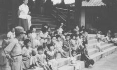 ▲김영옥이 돌본 한국 고아들
