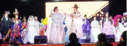 ▲시니어 패션쇼는 색다른 감동을 선사한 무대였다.