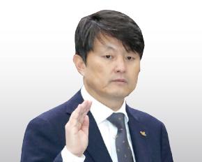 ▲ 유재수 부산시 부시장