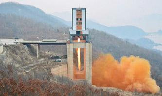 ▲ 북한이 지난 2017년 서해 발사장에서 위성 시험을 실시했다.