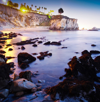 ▲  캘리포니아 서부 해안은 겨울바다의 낭만을 담아주고 있다.