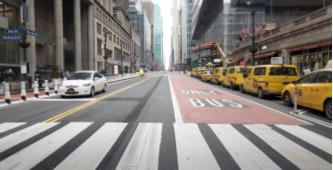 """▲ 미국 """"봉쇄령""""으로 올스톱 된 뉴욕 맨하탄 거리"""