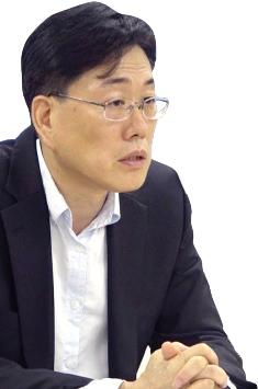 ▲ 4년 투쟁해 대법원 승소한 강재원 전국기원부장