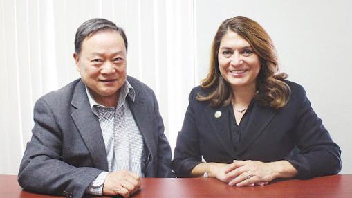 ▲ 박동우 보좌관(왼쪽)과 샤론퀵 실바 주하원의원