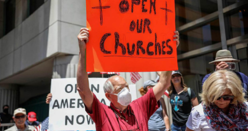 ▲ 코로나 와중에 교회도 필수업종처럼 신도들의 출입을 허용하라는 데모가 벌어지고 있다.
