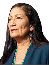 ▲ 미정부 내각중 원주민 출신으로 내무장관에 지명된 할랜드 의원