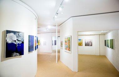 ▲ 2층 갤러리는 다양한 스튜디오 공간을 지니고 있다.